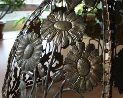Detail květinového širmu