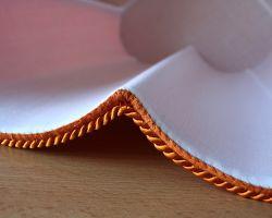 Detail ručního šití